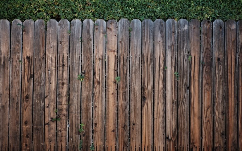 cropped-fence-1.jpeg